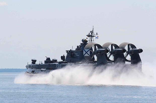 В Арктике начались масштабные учения Военно-морского флота