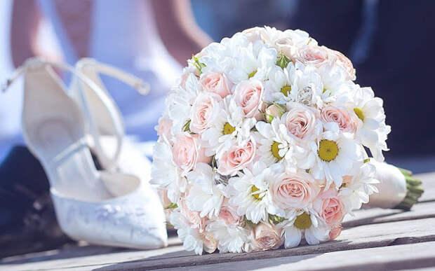 """Главная> Популярный> Дом и сад >""""букет невесты белый и зеленый цвета""""138 найденные продукты"""