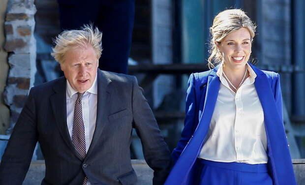 Премьер-министр Великобритании Борис Джонсон станет отцом в седьмой раз