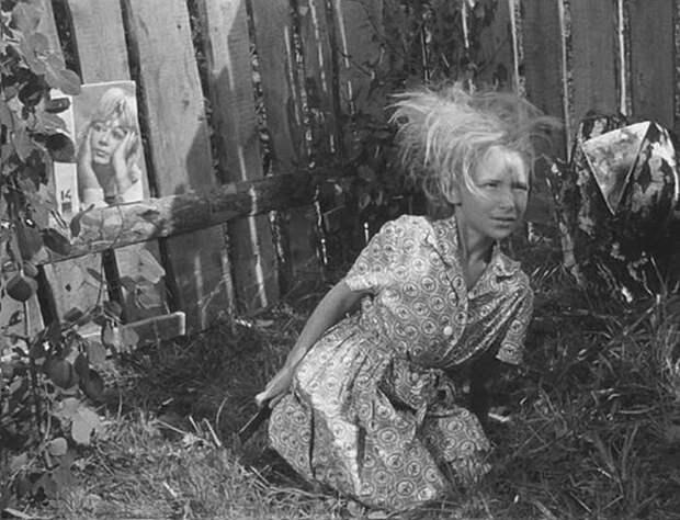 Татьяна Проханова в фильме «Добро пожаловать, или Посторонним вход воспрещен». / Фото: www.kino-teatr.ru