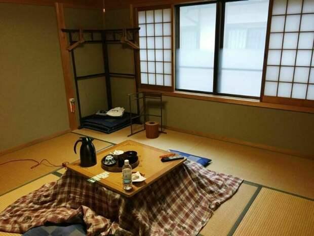 Парковки с фонтанчиками и незапотевающие стекла: чем отличаются отели Японии