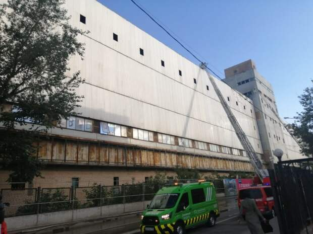 Причиной пожара на улице Золоторожский Вал стало занесение открытого огня неустановленным лицом