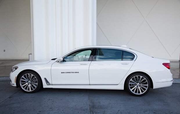 Роскошный «немец» BMW 740i/ Фото: businessinsider.com