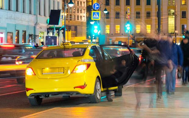 В Госдуме рассмотрели закон о такси: ребования к извозчикам и агрегаторам ужесточат