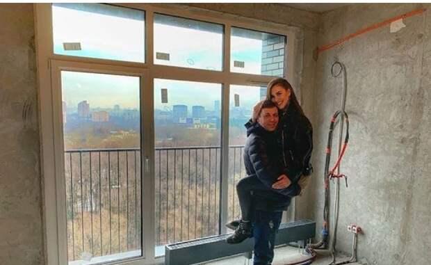 Сестра Бузовой похвасталась новой квартирой в Москве