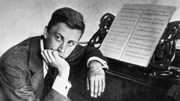 Почему великий русский композитор Прокофьев вернулся из США в СССР?