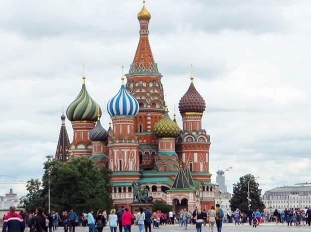На Красной площади готовятся к генеральной репетиции Парада Победы