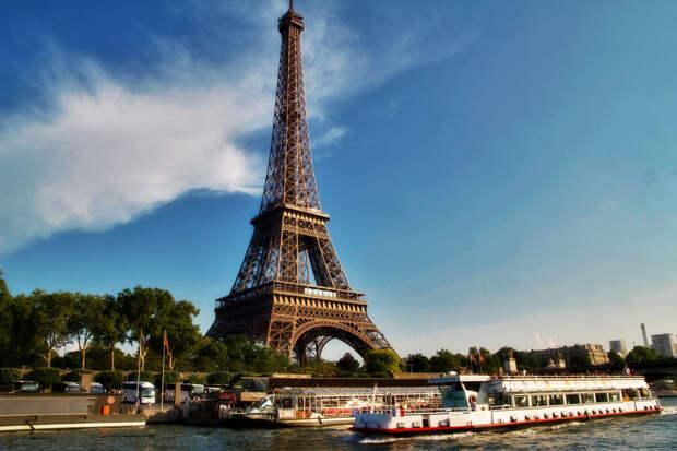 https://paris-life.info/wp-content/uploads/2016/11/eiffel-tower.jpg