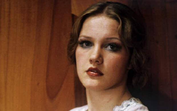 Кадр из фильма «Переходный возраст». Картина вышла на экраны в 1968 году, еще до поступления Елены в институт