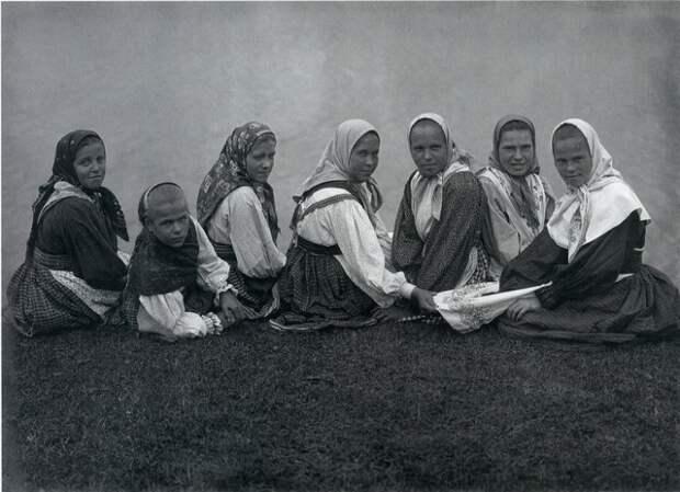 Крестьянские девушки Орловской губернии