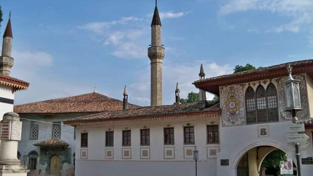Ханский дворец и не только: чем может удивить Бахчисарай