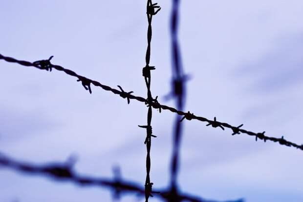 Осужденные напали на сотрудника колонии в Ангарске