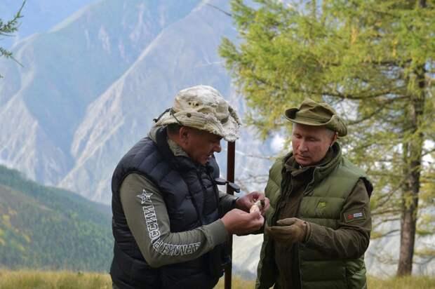 Президенту России Владимиру Путину исполнилось 68 лет