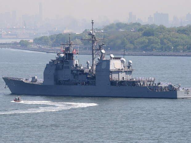 """Крейсер США, направленный в Средиземное море для """"устрашения"""" ВМФ РФ, опозорился и прервал миссию"""