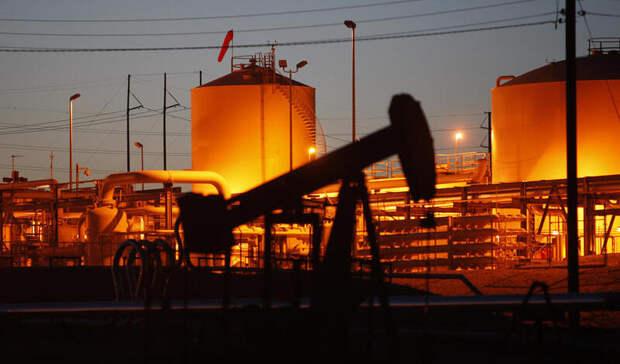 Запасы нефти вСША упали почти на10млн баррелей
