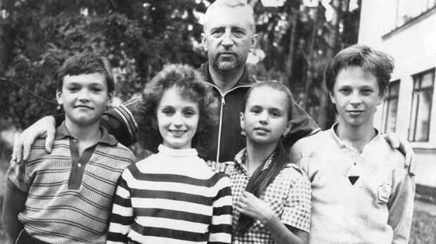 Спортсменка, комсомолка, красавица: Анне Семенович — 40
