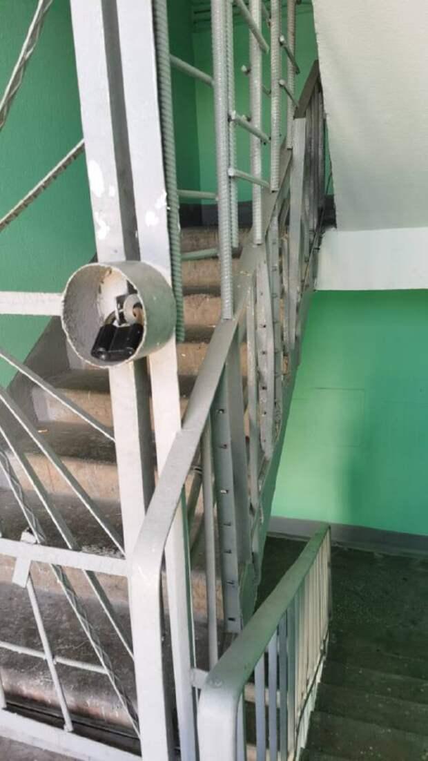 Хулиганы пытались проникнуть на чердак в доме на Алтуфьевском