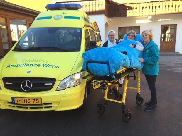 Добрые волшебники: голландские волонтеры исполняют последние желания смертельно больных людей