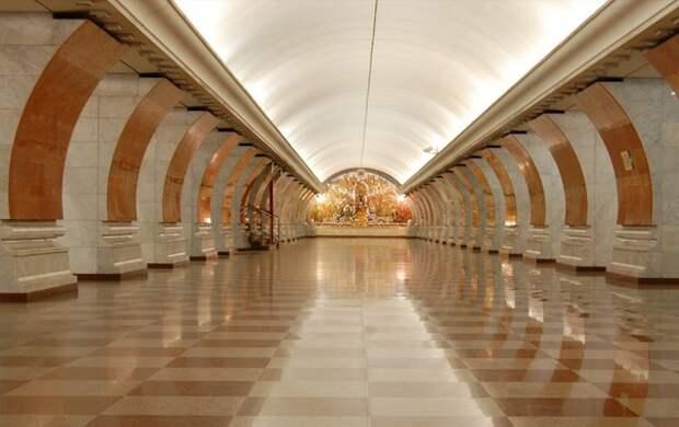 Московское метро временно закроет часть выходов в город еще на 13 станциях