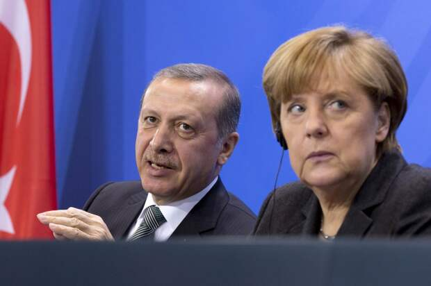Меркель предупреждает турецкого вышибалу