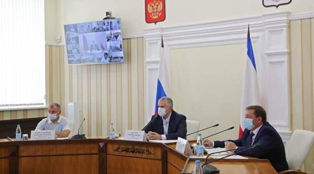 Аксенов оказался под «ударом» после потери контроля над эпидемией