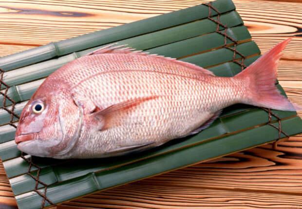 Чистим окуня за 30 секунд по совету рыбака