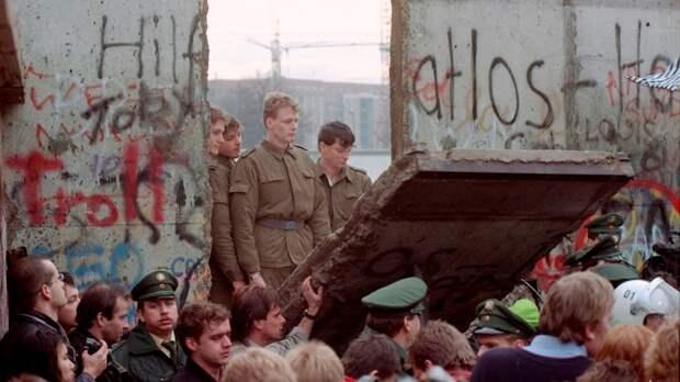 Немцы забыли о благодарности Москве за свое воссоединение
