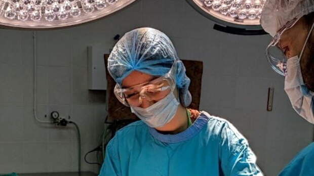 Врачи ОКБ №2 спасли тюменца стяжелой раной подключичной вены