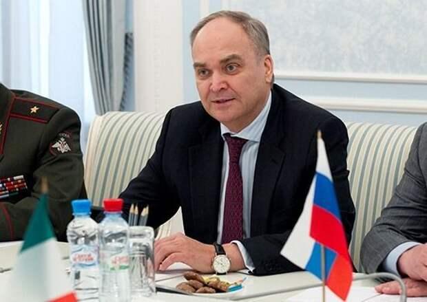 В посольстве России назвали беспочвенными санкции США против российских НИИ