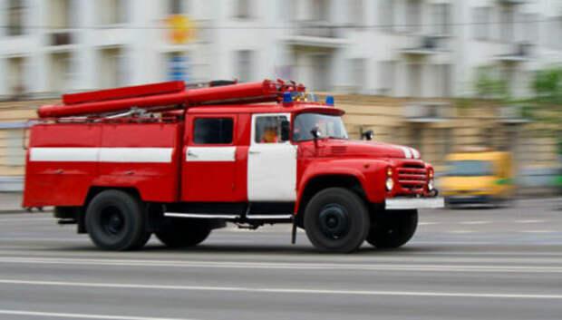 Пожар потушили в строении на Плещеевской улице в Подольске