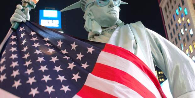 Выборы президента США не повлияют на статус Крыма и смягчение санкций – политолог