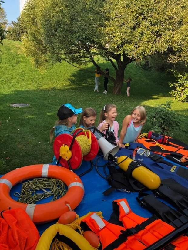 Спасатели МГПСС обеспечили безопасность на воде в День города