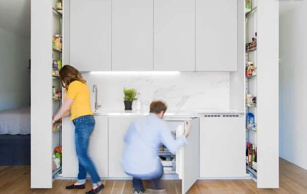 Кухня с выдвижными секциями