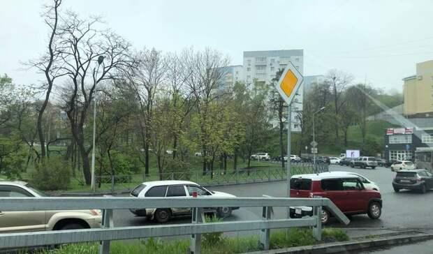 Сотни автомобилистов Владивостока зачем-то ринулись загород вплохую погоду