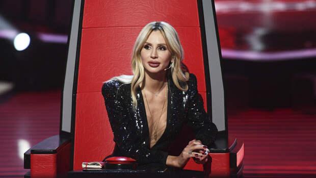 Победившая недуг Светлана Лобода появилась перед фанатами в обтягивающем платье