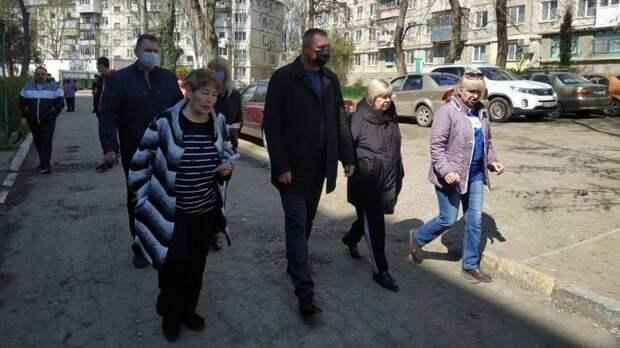Первый заместитель главы администрации Сергей Шимко продолжает встречи с жителями Аршинцево