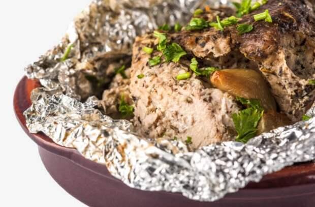 Учимся обращаться с духовкой как повара: 5 тонкостей запекания от профи