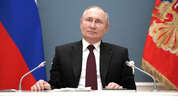 Путин обязал кандидатов на выборах сообщать о статусе иноагента