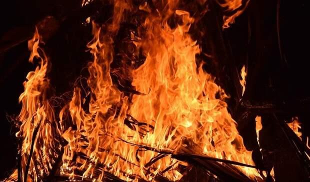 Пьяный житель Башкирии, проверяя качество спирта, сжег свою мать и старшего брата