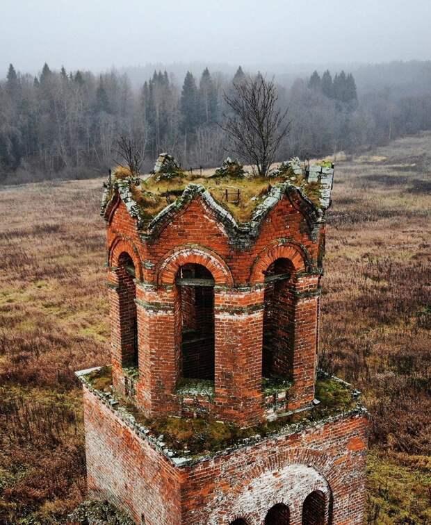 50 самых живописных заброшенных мест России (ФОТО)