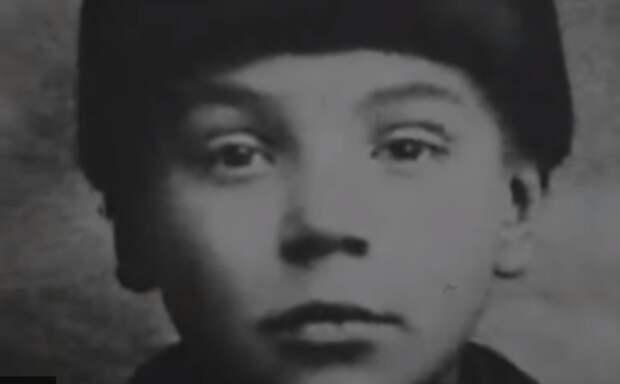 Алексей Грибов в детстве.