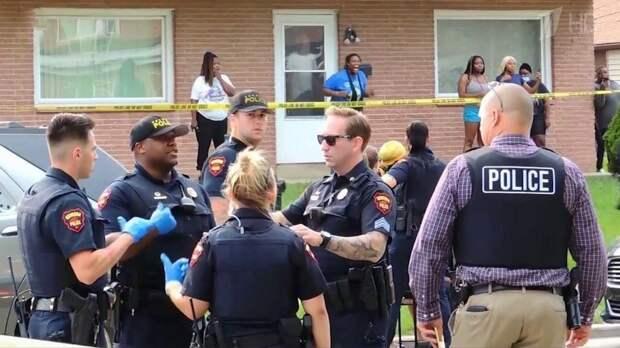 В США с новой силой вспыхнули беспорядки в городе, где полицейские при задержании стреляли в темнокожего