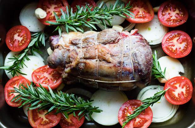 Рулька из говядины весом в килограмм: запекаем в домашней духовке без хлопот