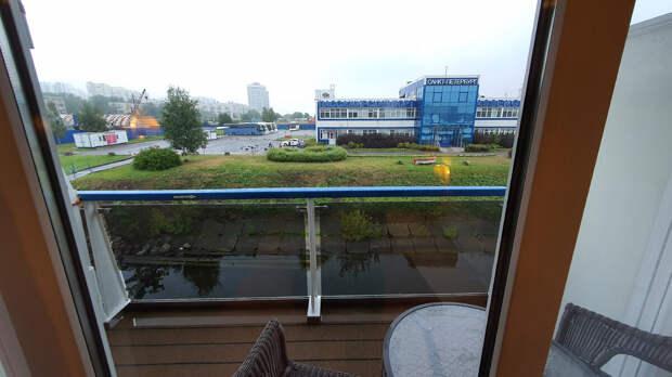 Балкон на т/х Мстислав Ростропович