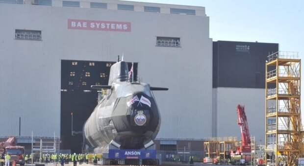 Британцы спустили на воду новую многоцелевую атомную подлодку типа Astute