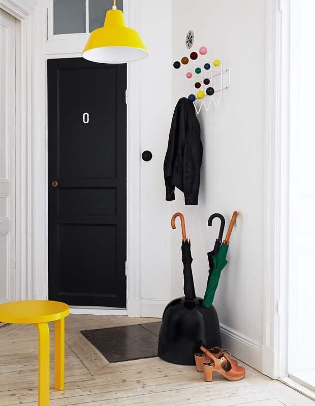 дизайн коридора с зеркалом