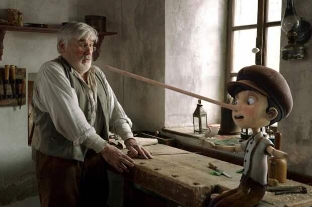 У Пиноккио был реальный прототип с деревянными ногами. | Фото: dizmana.com.