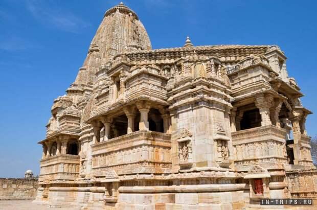 Храм в форте Читторгарх