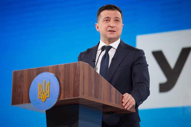 Зеленский оценил возможность вакцинации украинцев российской вакциной