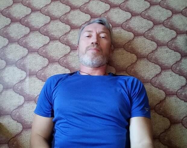 Замечательное упражнение при усталости ног и варикозе